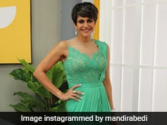 """Mandira Bedi Has Us """"Sea-Ing Green"""" As She Glams Up In A <i>Saree</i> Gown"""