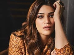 "Kriti Sanon Tests Positive For COVID-19; ""Be Safe, Pandemic Hasn't Gone,"" She Writes"