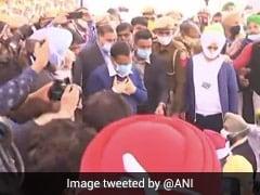 """AAP Says Arvind Kejriwal """"Under House Arrest"""", Delhi Cops Deny It"""
