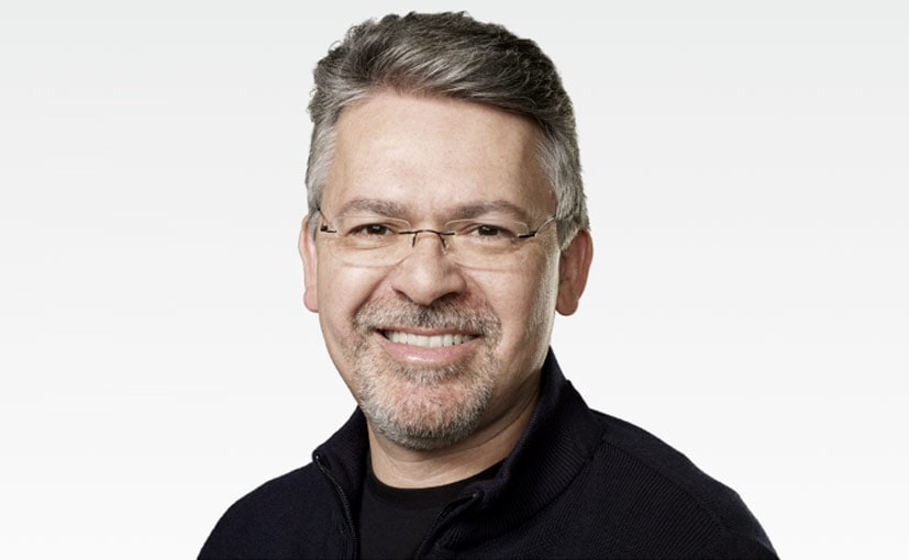 John Giannandrea, Apple's AI Boss, now also heads the company's self driving project