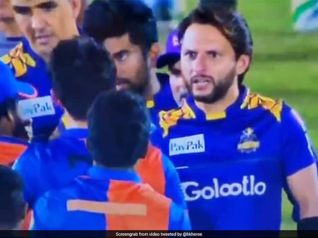 Watch: Afridi Rebukes Afghan Youngster After His On-Field Spat With Amir
