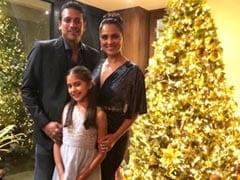 Lara Dutta, Mahesh Bhupathi And Daughter Saira Send Early Christmas Greetings On Instagram