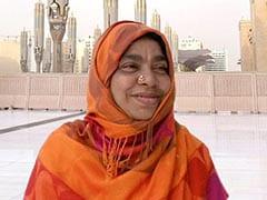 AR Rahman's Mother Kareema Begum Dies; Mohan Raja, Shekhar Kapur, Shreya Ghoshal, Harshdeep Kaur And Others Tweet Tributes