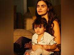 Malaika Arora And Shibani Dandekar Are All Hearts For This Pic Of Gabriella Demetriades With Son Arik