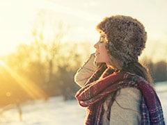 सर्दियों में ज्यादा होती है Vitamin D की जरूरत? एक्सपर्ट से जानें एक दिन में कितना विटामिन डी लें और कौन से फूड्स खाएं?