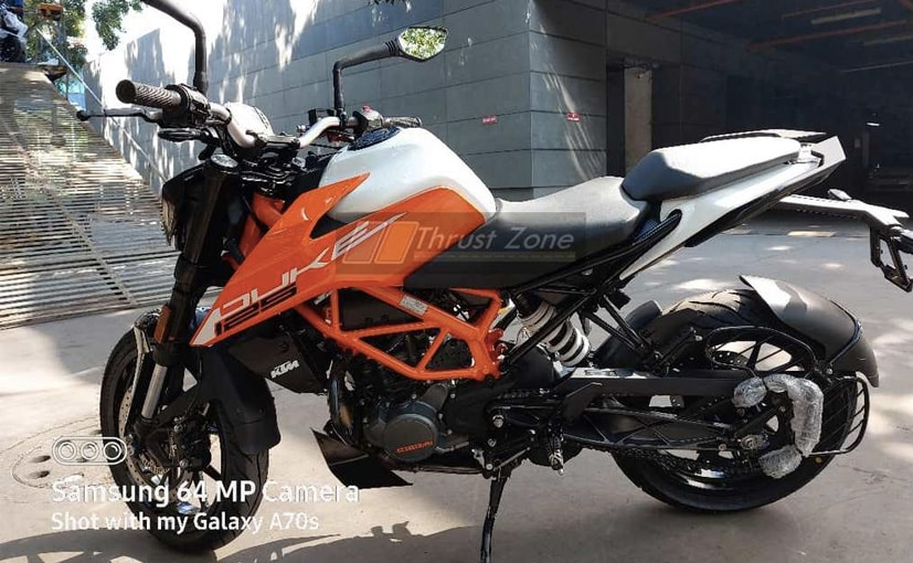 The 2021 KTM 125 Duke is expected to sport a price increase of Rs. 8000 over the current model
