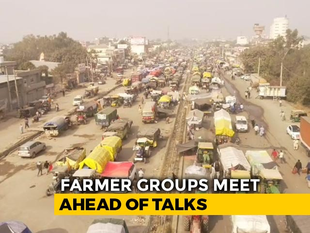 Video : Farmers In Huddle As Talks With Centre Fail, Round 2 Tomorrow