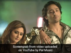 रश्मि देसाई का गाना 'अब क्या जान लेगी मेरी' हुआ रिलीज, 13 लाख से भी ज्यादा बार देखा गया Video