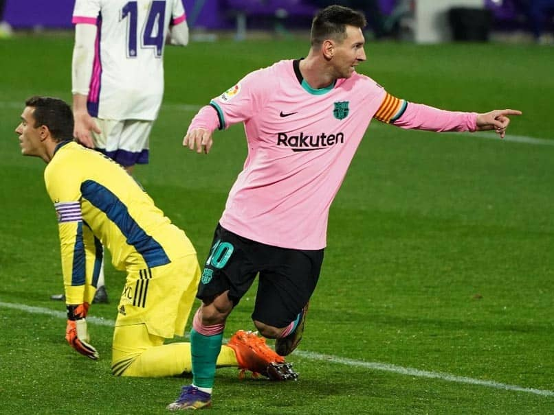 Lionel Messi breaks Pelés record for most goals scored with one club