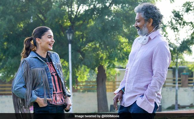 RRR Director SS Rajamouli Welcomes Alia Bhatt On Set