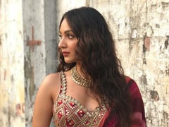 Kiara Advani Was Asked To Suggest A Tinder Bio For Rumoured Boyfriend Sidharth Malhotra. Her Reply