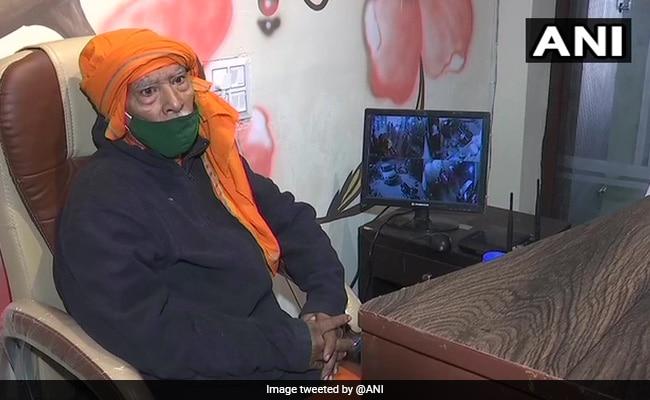 Delhi's 'Baba Ka Dhaba' Owner, Of Social Media Fame, Now Has Restaurant