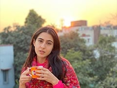 """Nothing To See Here. Just A Pic Of Sara Ali Khan Sipping Her """"Winter <i>Chai</i>"""""""