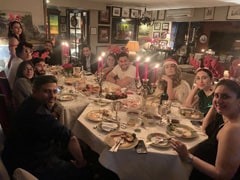 Kareena Kapoor, Saif Ali Khan, Soha And Kunal Kemmu Enjoy Lavish Christmas Eve Dinner (Pics Inside)