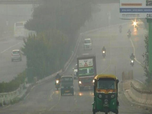 दिल्ली-NCR में शीतलहर और कोहरे की मार, IMD ने 5 राज्यों के लिए जारी किया ऑरेंज अलर्ट