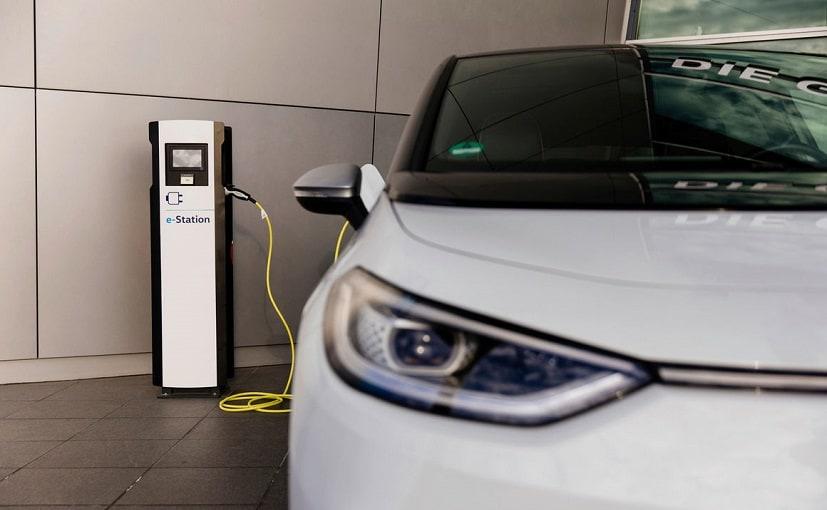 इलेक्ट्रिक व्हीकल को चार्ज करने के लिए सुबह, दिन और शाम में चुकानी होगी अलग-अलग कीमतें