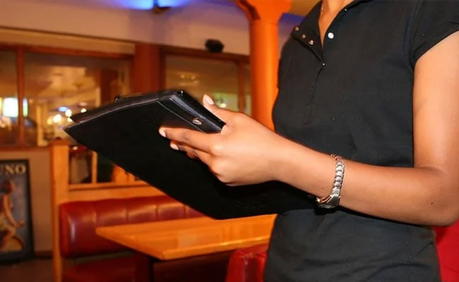 Customers At Restaurant Leave $5,000 Tip On $205 Bill