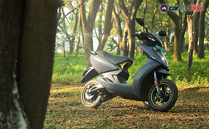 एथर 450X इलेक्ट्रिक स्कूटर की कीमत रु 1.59 लाख (एक्स-शोरूम, बेंगलुरु) है