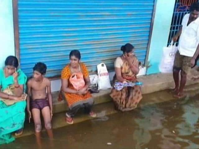 Video : Chennai Residents Raise Concerns Over Storm Water Drains, Sea Pollution