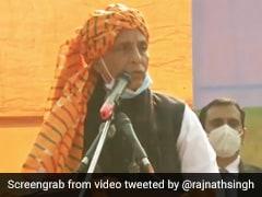 बातचीत के लिए आगे आएं किसान, सरकार हरसंभव संशोधन के लिए तैयार : राजनाथ सिंह