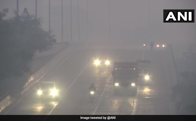 Cloudy Sky, Dense Fog Likely In Delhi On Saturday: Weather Office
