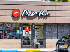 Pizza Hut Ties Up With HUL To Add Kwality Wall's Ice Creams In Menu