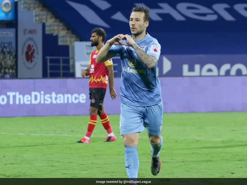 ISL: Adam Le Fondre Brace Helps Mumbai City Coast Past East Bengal