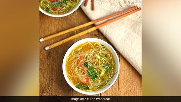 लेमनग्रास नूडल्स सूप