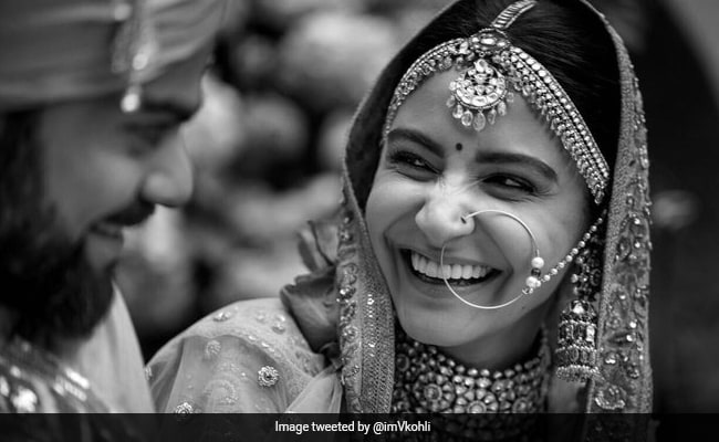 Anushka Sharma And Virat Kohli's Delish Anniversary Feast Will Make You Drool