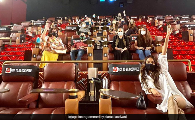 In Pic: Kiara Advani, 'Back At The Cinemas,' Watched Her Own Film With Family