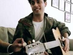 Viral: Shah Rukh Khan's Son Aryan Singing Charlie Puth's <i>Attention</i>