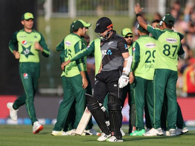 Nz vs Pak: पाकिस्तान को पहले टेस्ट से पहले लगा एक और झटका, एक और अहम खिलाड़ी हुआ बाहर