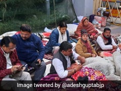 BJP Workers Protest Outside Manish Sisodia's Residence Over Civic Body Dues