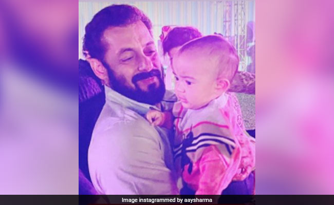 Salman Khan And Niece Ayat In A Birthday-Special Pic