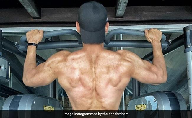 Trending: Abhishek Bachchan's Comment On John Abraham's Workout Post