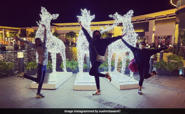Sushmita Sen And Daughters Renee And Alisah Share A Holiday Postcard From Dubai