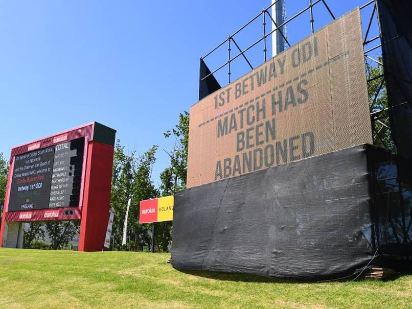 South Africa vs England: 1st ODI Suspended After Hotel Staff Test Covid Positive