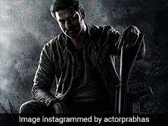 KGF के डायरेक्टर की फिल्म 'सालार' में प्रभास, पोस्टर में दिखा खतरनाक अंदाज