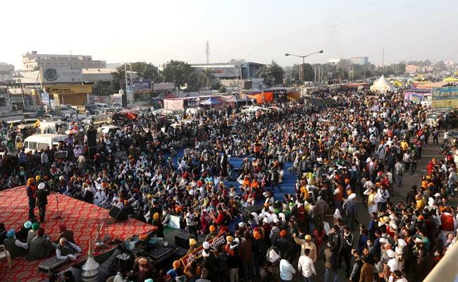 Farmers Protest Updates: दिल्ली-जयपुर हाइवे पूरी तरह से बंद, कृषि मंत्री तोमर ने की शाह से मुलाकात