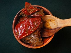 5 Different <i>Mirch Ka Achaar</i> (Chilli Pickle) Recipes To Spice Up Your Indian Meal