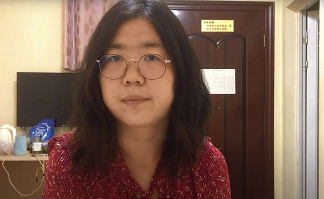 A jornalista Zhang Zhan foi presa e condenada por sua cobertura sobre a Covid-19 em Wuhan.