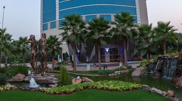 Chevron, Gurugram Is Perfect To Spend Time With Family And Friends Over Good Food And Music