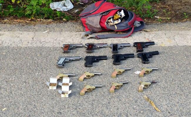 6 माह में 2431 गिरफ्तार : दिल्ली पुलिस ने अवैध हथियारों के काले धंधे पर कसा शिकंजा