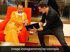 अक्षय कुमार ने CM योगी आदित्यनाथ से मुंबई में की मुलाकात, फिल्म सिटी पर हुई ये चर्चा- देखें Photos और Video