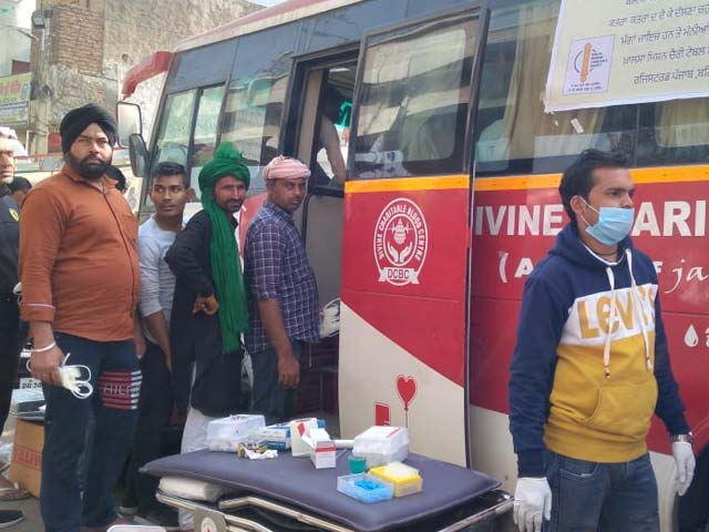 Video : Blood Donation Drive, Poetry: Farmers Make Statement With Unique Protest