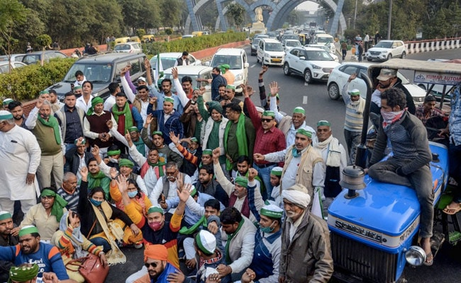 Rs 5 Lakh Each To Families Of 2 Farmers Who Died During Protests