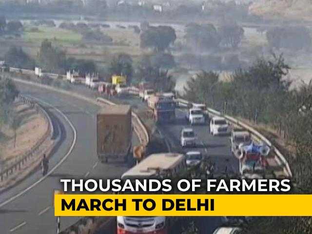 Video : Farmers From Maharashtra Leave For Delhi To Join Protests