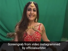 TV की 'नागिन' सेट पर बर्फ से खेलती आईं नजर, रेड आउटफिट में दिखा सुरभि चंदना का खूबसूरत अंदाज- देखें Video