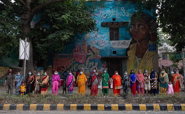 Lucknow To Jaipur, Street Art Uncovers Those Brushed Aside In Pandemic