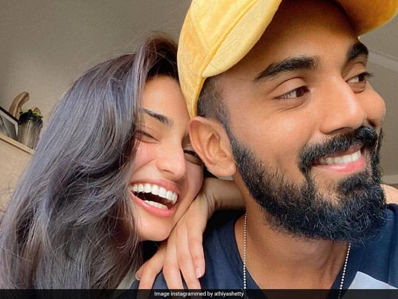 KL Rahul Posts Pictures From